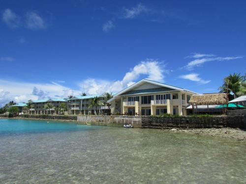 https://www.booking.com/hotel/mh/marshall-islands-resort.en.html?aid=1728672