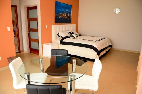 http://www.booking.com/hotel/sr/rc-apartments.html?aid=1728672